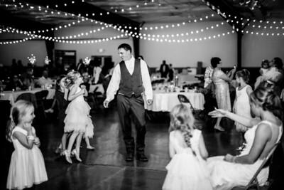 03187-©ADHPhotography2019--JustinMattieBell--Wedding--September28bw
