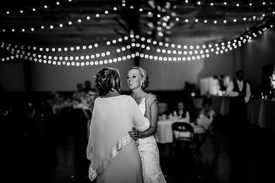 02950-©ADHPhotography2019--JustinMattieBell--Wedding--September28bw