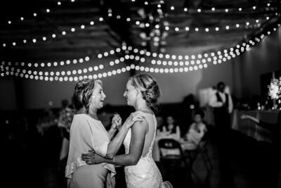 02949-©ADHPhotography2019--JustinMattieBell--Wedding--September28bw