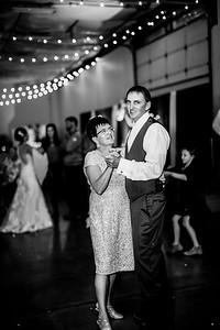 03032-©ADHPhotography2019--JustinMattieBell--Wedding--September28bw