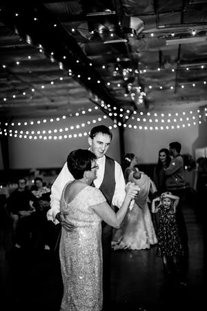 03025-©ADHPhotography2019--JustinMattieBell--Wedding--September28bw