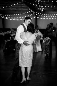 03029-©ADHPhotography2019--JustinMattieBell--Wedding--September28bw