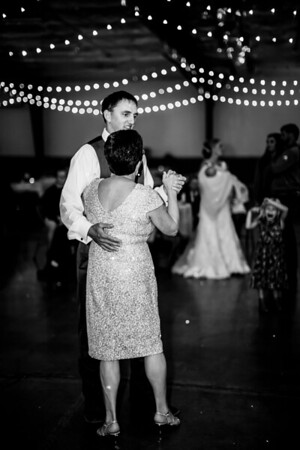 03028-©ADHPhotography2019--JustinMattieBell--Wedding--September28bw