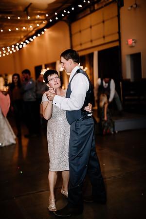 03031-©ADHPhotography2019--JustinMattieBell--Wedding--September28