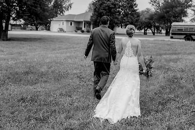 02502-©ADHPhotography2019--JustinMattieBell--Wedding--September28bw