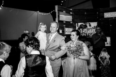 02551-©ADHPhotography2019--JustinMattieBell--Wedding--September28bw