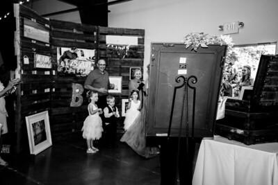 02556-©ADHPhotography2019--JustinMattieBell--Wedding--September28bw