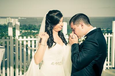 Justin and Rebecca Hyatt Regency Pier 66 Wedding-262