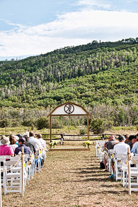 wedding-stage-people