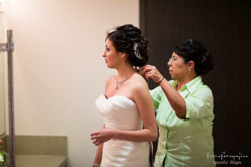 karen-luis-wedding-2013-077