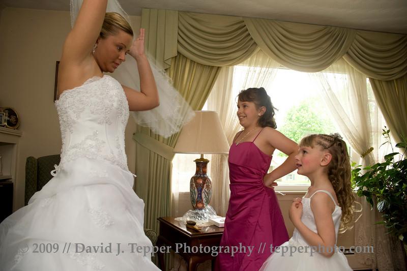 20090509_dtepper_karen+steven_004_bridal_party_prep_DSC_0934