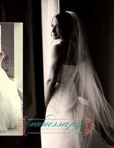 Kate wedding album layout 012 (Side 24)