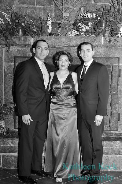 salvadar family bw 2556