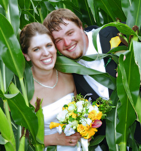 Katie and Nate, Penn Yan, NY. Copyright © 2009 Alex Emes