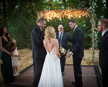 Mark and Kelsey's outdoor wedding photography