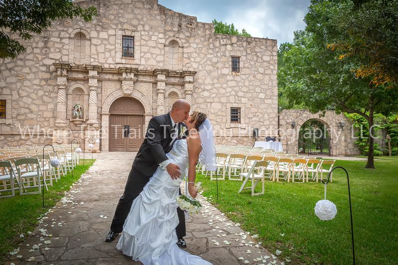 Kissing at The Alamo VIGNETTE