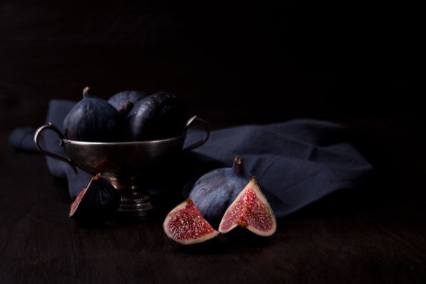 Ripe fresh figs