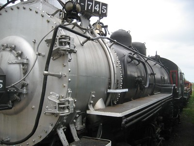 Engine, longer shot