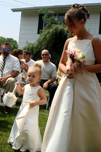 The flower girl - Perkasie, PA  ... August 4, 2007 ... Photo by Rob Page III