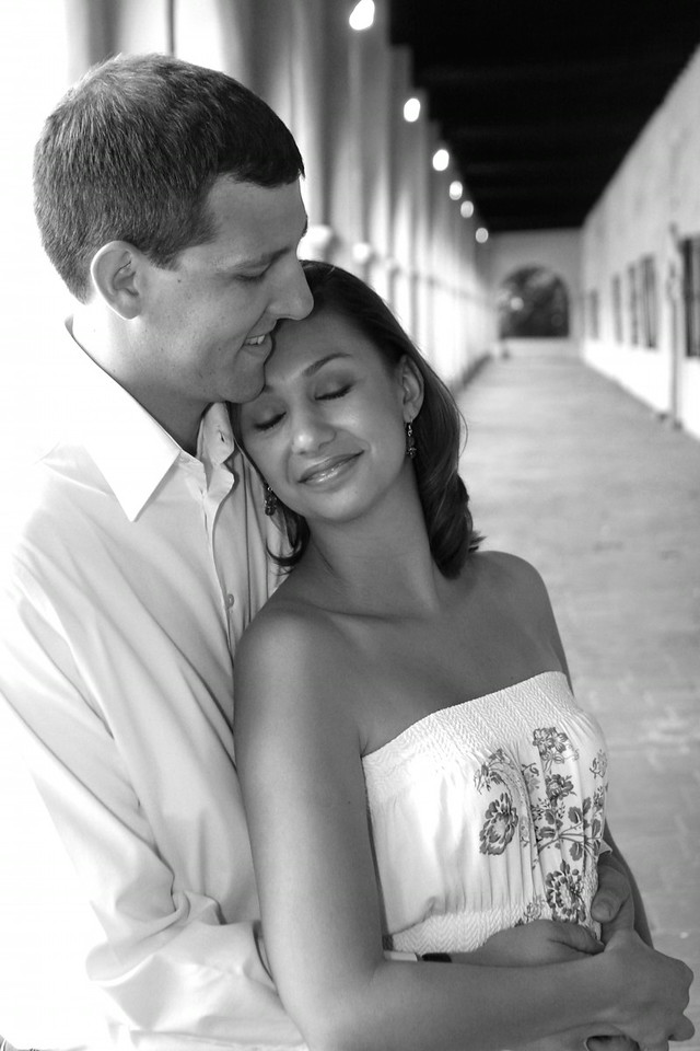 Engagement - 020 B&W