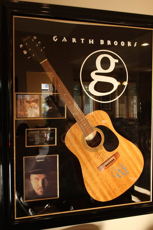 Autograph by Garth Brooks