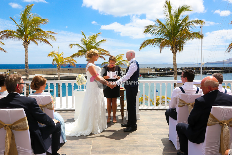 Rochelle and Robert's wedding photography Lanzarote