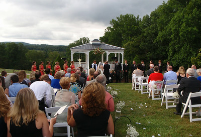The ceremony starts with all the wedding party assembled at the gazebo.