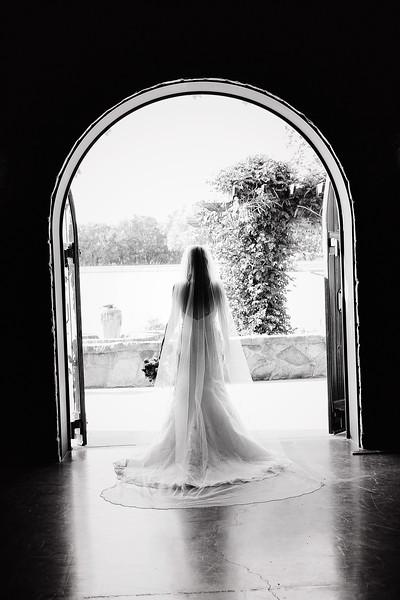 Lesli Jester Bridal