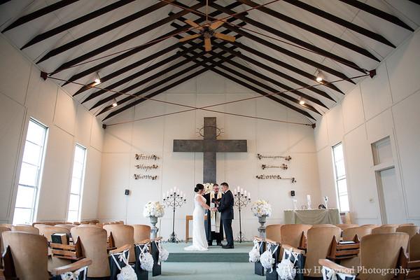 Lewisville Elopement Wedding- Christie + Mike