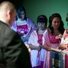 Linda_Ceremony__20090502_080