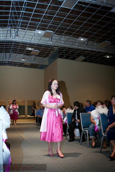 Linda_Ceremony__20090502_065
