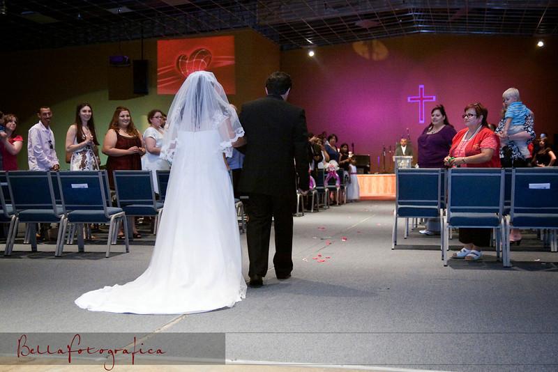Linda_Ceremony__20090502_075
