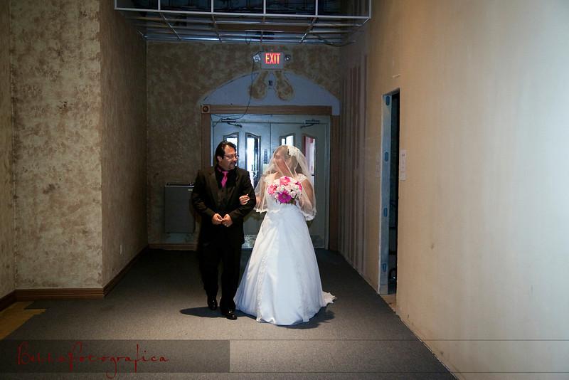 Linda_Ceremony__20090502_056