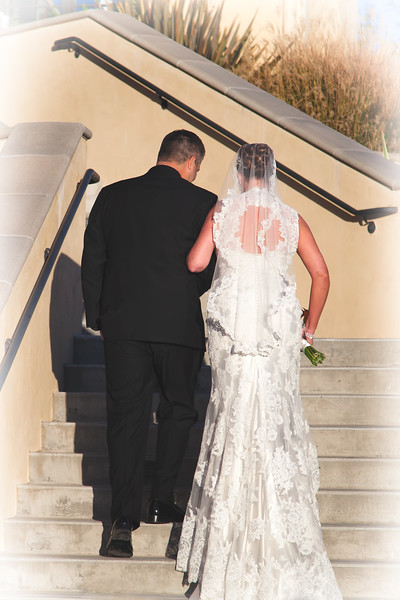 Mr. & Mrs. Bryan & Lindsay Clark!