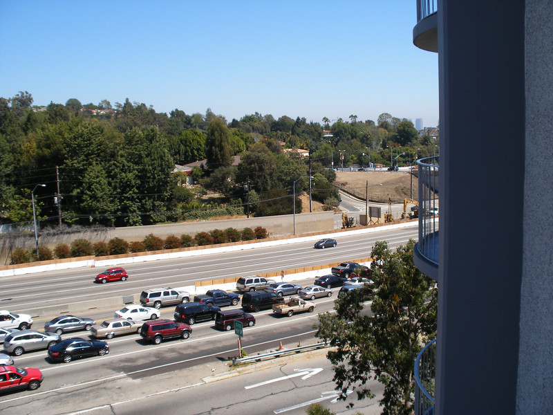 Traffic jam on the 405 Southbound... I saw the accident that caused this back up-- overturned SUV and various other cars scattered on the road... about 5 miles south of where this photo was taken...