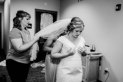 00152-©ADHPhotography2019--Zeiler--Wedding--August10bw