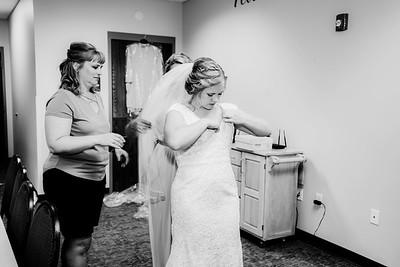 00151-©ADHPhotography2019--Zeiler--Wedding--August10bw