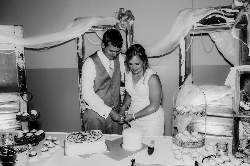 04007-©ADHPhotography2019--Zeiler--Wedding--August10bw