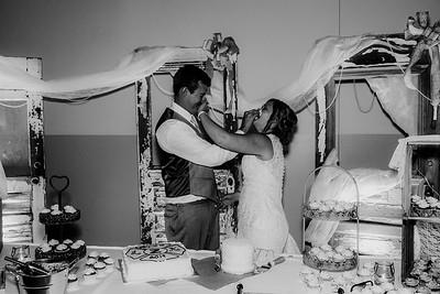 04015-©ADHPhotography2019--Zeiler--Wedding--August10bw