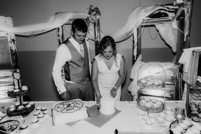 04012-©ADHPhotography2019--Zeiler--Wedding--August10bw