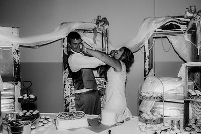 04016-©ADHPhotography2019--Zeiler--Wedding--August10bw