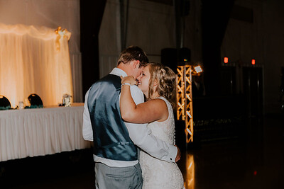04064-©ADHPhotography2019--Zeiler--Wedding--August10