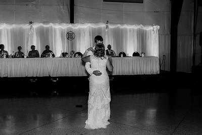 04060-©ADHPhotography2019--Zeiler--Wedding--August10bw