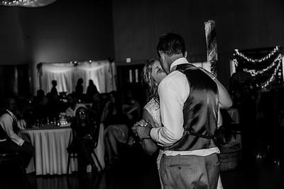 04118-©ADHPhotography2019--Zeiler--Wedding--August10bw