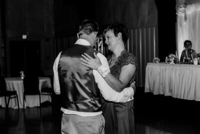 04120-©ADHPhotography2019--Zeiler--Wedding--August10bw