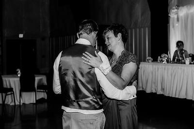 04119-©ADHPhotography2019--Zeiler--Wedding--August10bw