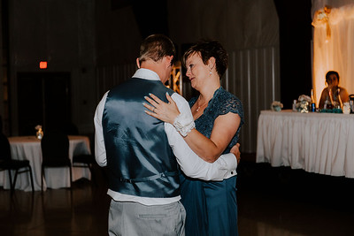 04120-©ADHPhotography2019--Zeiler--Wedding--August10