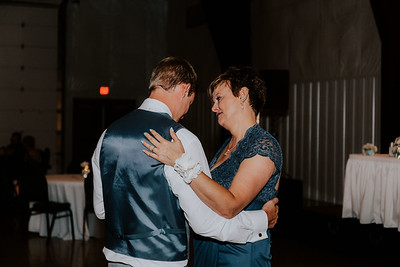 04121-©ADHPhotography2019--Zeiler--Wedding--August10