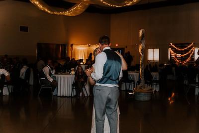 04116-©ADHPhotography2019--Zeiler--Wedding--August10