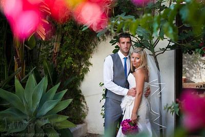 Hacienda San Jose, a stunning venue setting in the hills of Mijas Spain was the venue for the wedding of Louise and Adam. Their son stayed close as they exchanged their vows in front of close friends and family, who had travelled from England to join in this joyous occasion. The Villa looked amazing by the extra little touches brought together by Laura and her team of Reviva-weddings.  After a wonderful dinner provided by Heather and her team of Fiesta Sol, celebrations went into early hours of the morning led by the fantastic Ian Preston. A huge thank you to Carla at Reviva-weddings for the fantastic planning of this wedding.